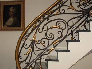 Как изготавливают качественные кованые перила в Липецке, фото готовых изделий